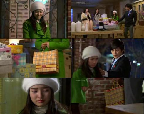 gaeul-giving-choco-to-yijung