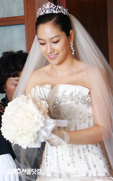 ShinAe on her Big Day