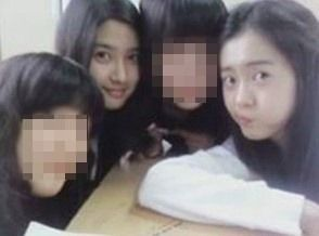 Kim So Eun and Go Ara.
