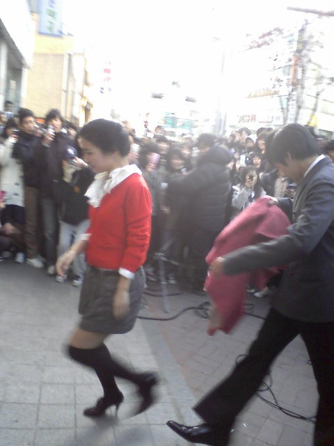Bummie and So Eun filming